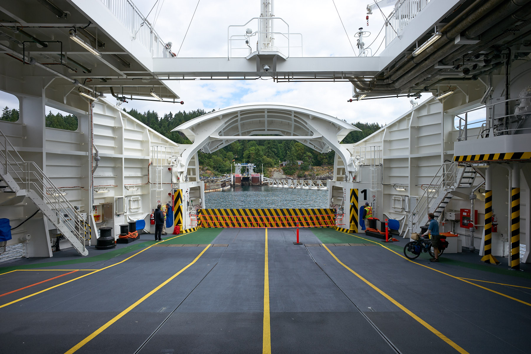 Bow guard up, arriving on Pender Island