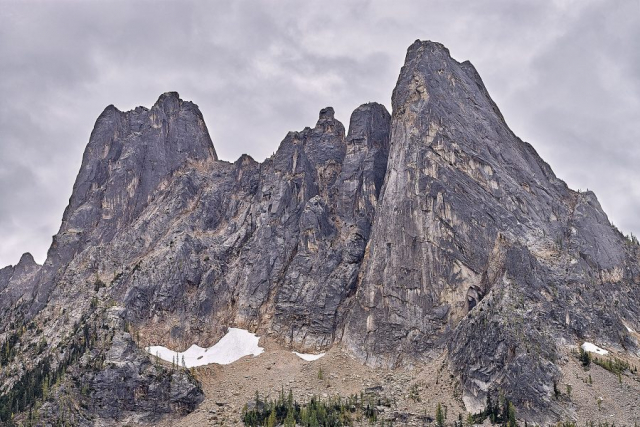 Liberty Bell and the Early Winter Spires at Washington Pass © johncameron.ca