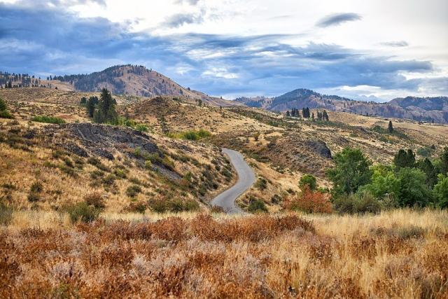 Winding Road, Washington © johncameron.ca