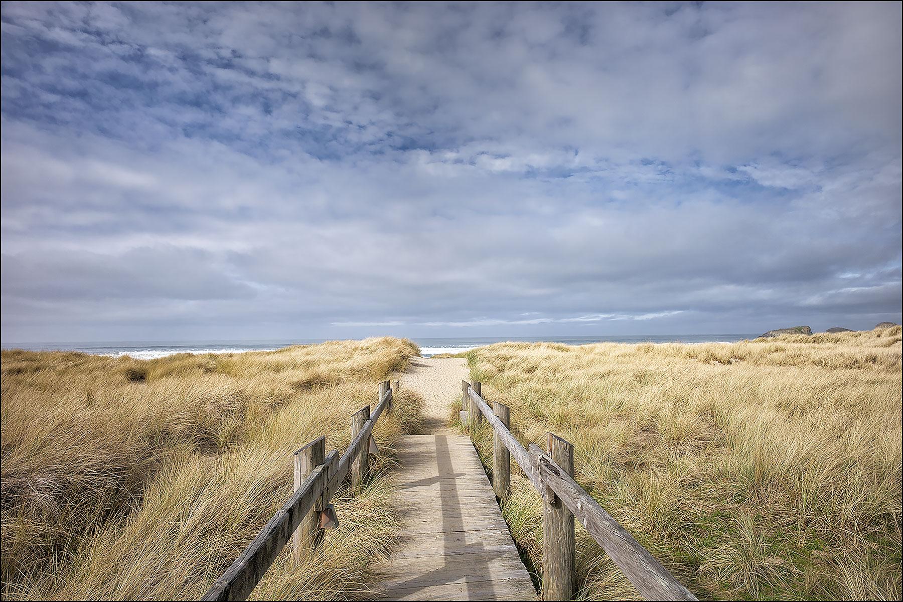 To the Beach ©johncameron.ca